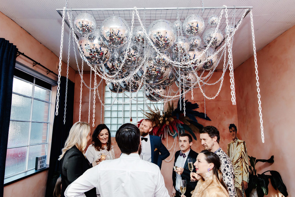 Small wedding venues in melbourne: the altar electric
