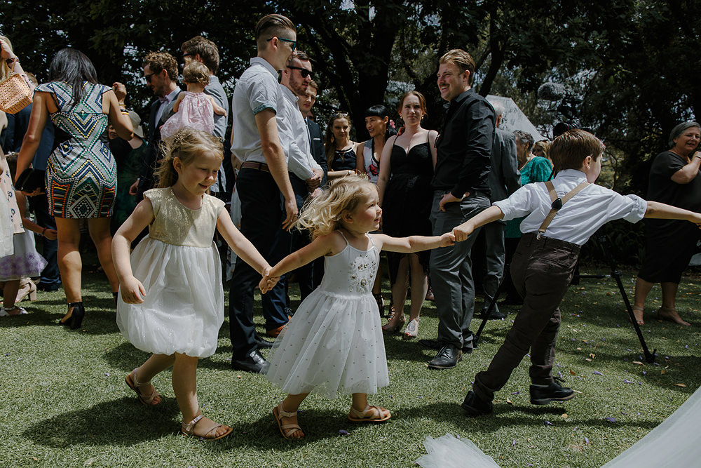 Fremantle wedding photographer kids at weddings